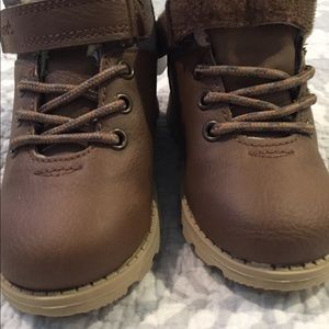 Carter's Shoes - NWT boys Carters boots